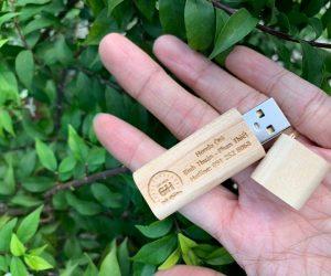 USB gỗ khắc logo khách hàng Honda Bình Thuận - Phan Thiết
