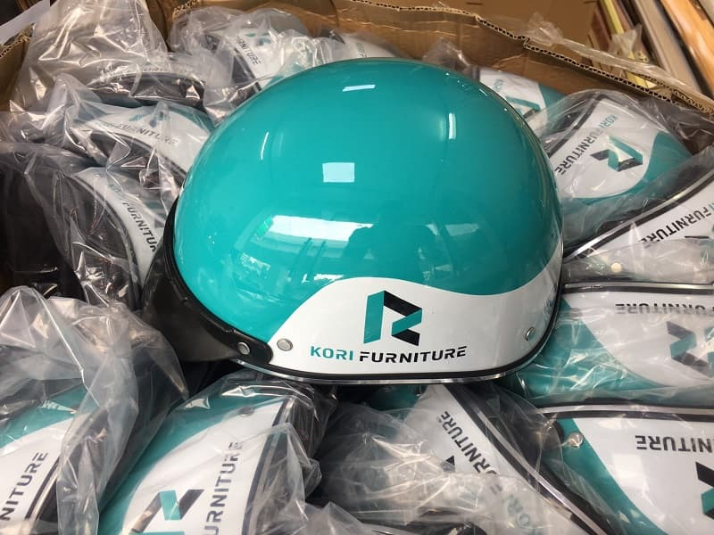 Mũ bảo hiểm in logo khách hàng KORI Furniture