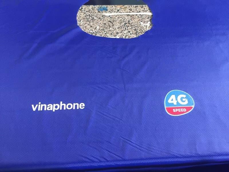 Áo mưa in logo khách hàng Vinaphone